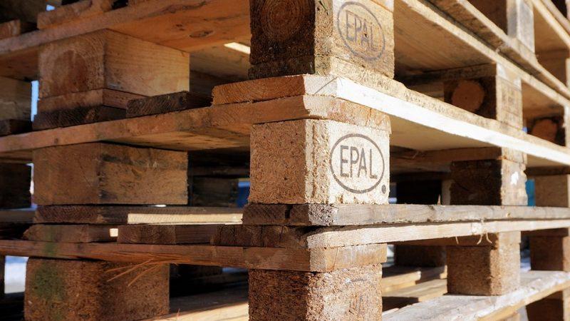 La déco intérieure moins chère avec les palettes de bois